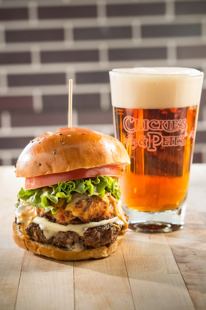 Chickie's & Pete's Ultimate Tailgate Burger And Beer